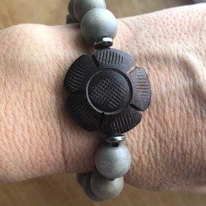 Jewelry - Labradorite, sparrow, rosewood stretch bracelet